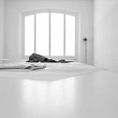 background-white